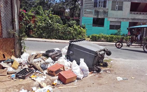 """Áreas """"alternativas"""" de depósito de basura"""